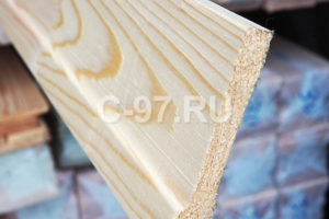 Европлинтус 90x15x3000 мм срощенный сосна/ель, сорт Экстра