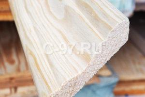 Плинтус 70х70х3000 мм срощенный сосна/ель, сорт Экстра